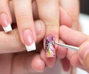 Nail Extension & Art